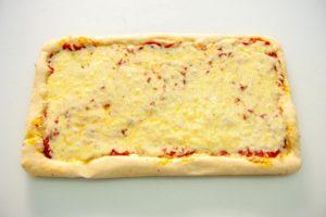 Πίτσα Στενόμακρη Μαργαρίτα