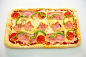 Πίτσα Στενόμακρη Σπέσιαλ