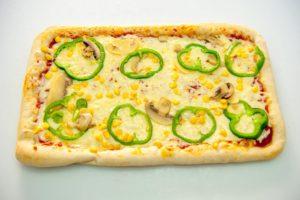 Πίτσα Στενόμακρη Χορταρικών